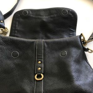 Kenneth Cole Bags - Kenneth Cole Black Leather Cross Body Bag Large